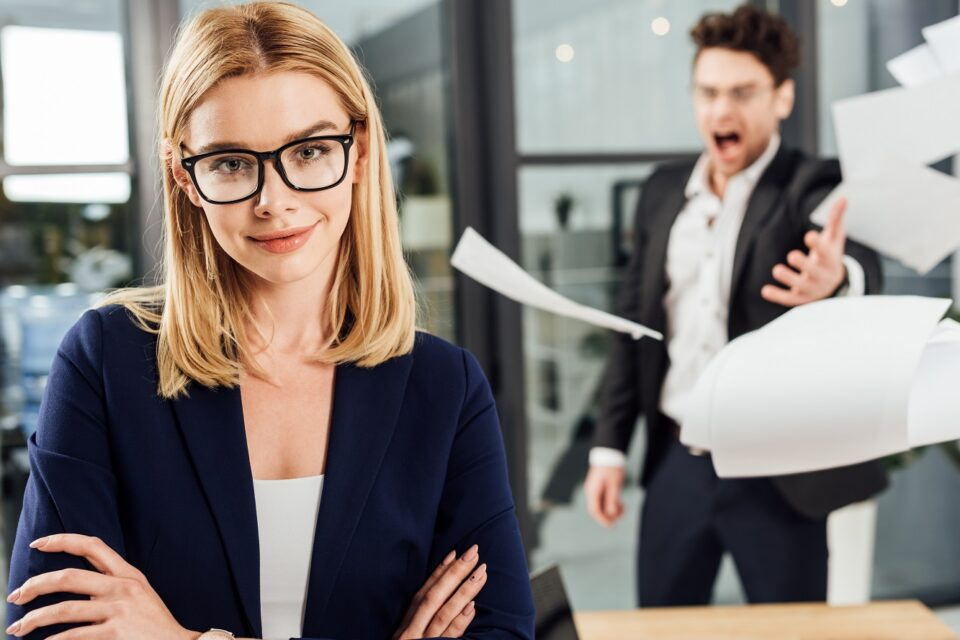 Unbearable Signs Of A boss You Don't want to Work For.